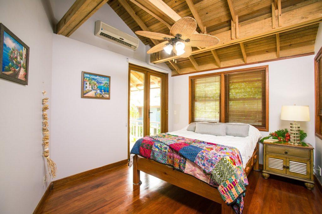 beach-house-1505461_1280